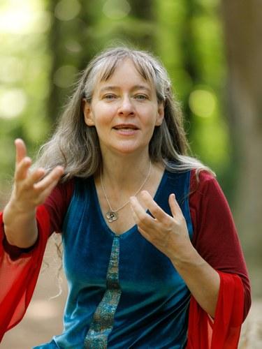 Frau Wolle Karin Tscholl, Mag.